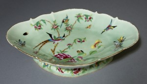 Footed dish, Chinese export porcelain