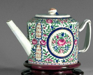Teapot, Chinese export porcelain