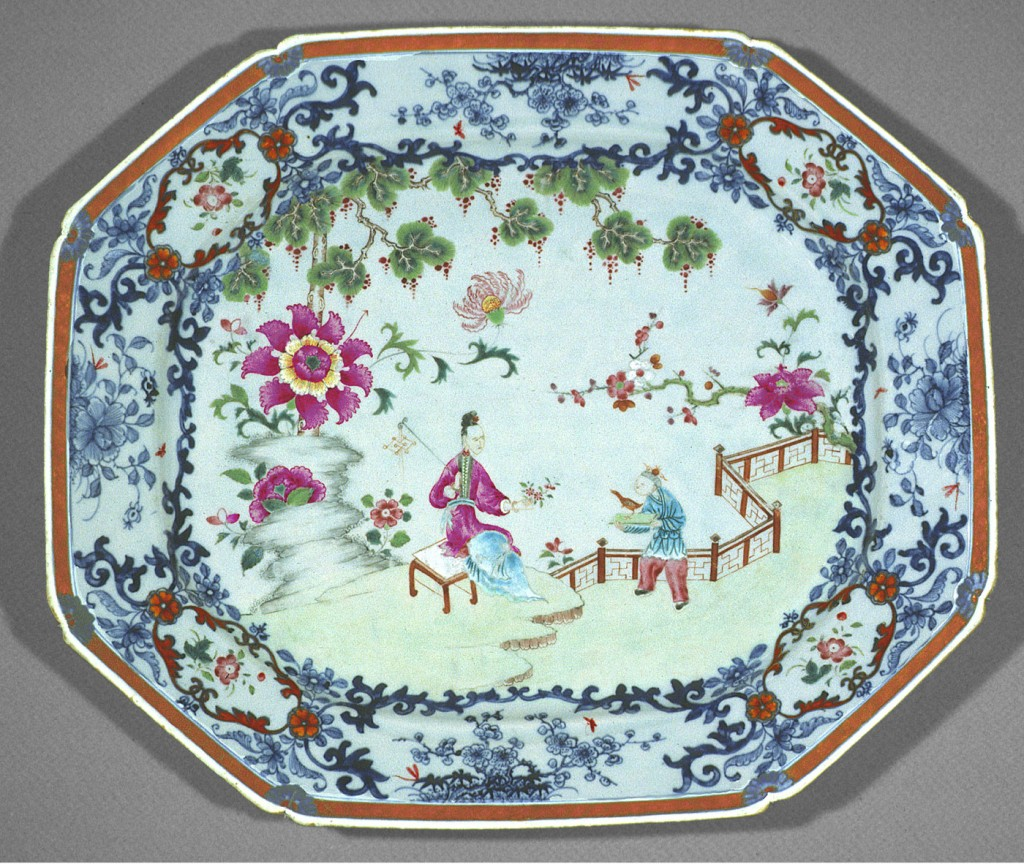 Dish or stand, Chinese export porcelain