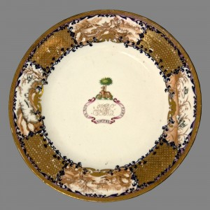 Plate bearing crest of Hussey, Chinese export porcelain